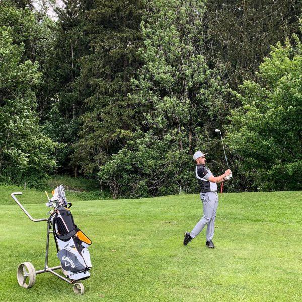 #stayfocused #golf #wedgegame #keepongoing ••• @visiongolfprotour @adidasgolf @teampool.personal.service @hoteltraubebraz @birdietrain @callawaygolf @hotelarlberglech @autohausfrainer ...