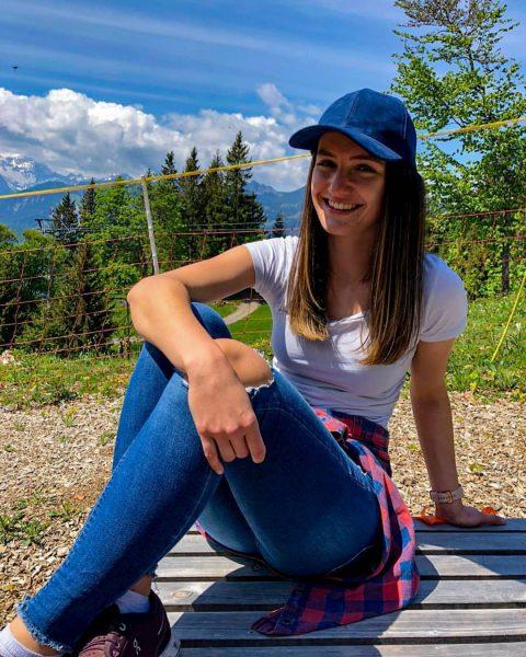 Hello it's me... again 😅⛰ ------------------------------------------------------------------ #meintraumtag #sunday #naturpur #smile #bergevorderhaustüre #mountainlove #mountainview #derbergruft #austria #austrianmountaingirls #homeiswherethemountainsare...