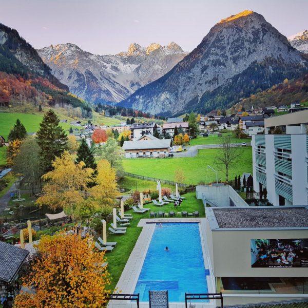 내생에 가장 아름다운곳 오스트리아에서 만난 vala vier호텔 이곳에서 지낸 일주일의 기억은 평생 잊혀지지않을듯 ...