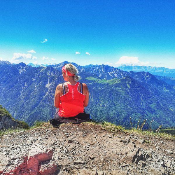 Mondspitze ⛰️ Pre-Birthday-hike with my bestie.. 😊😘🥂🥂 . . #hike #wandern #cheers #lovemountain ...