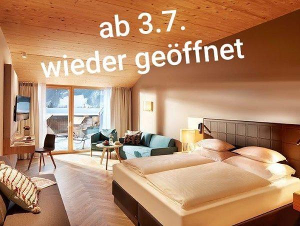 #venividivorarlberg #visitvorarlberg #visitbregenzerwald #mellau #baden #massagen #wandern #berge #biken #hoteldiewälderin