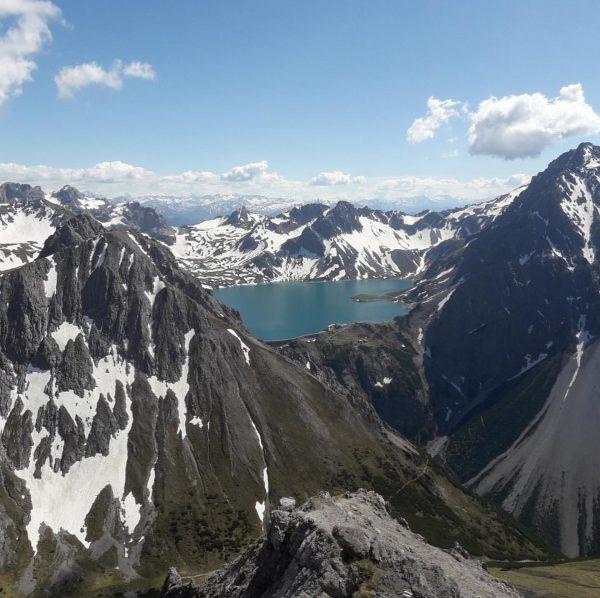 Gipfelglück auf 2.517 m 🥰⛰ Schattenlagant Hütte - Lünersee - Saulajoch - Klettersteig ...