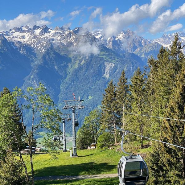 Morgen-Tour auf den @muttersberg_1401 ... und gleich gehts mit der @muttersberg1401-Seilbahn ins Tal ... #österreichläuft #bludenzläuft #alpenregionbludenz...