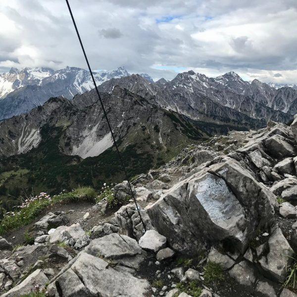 #trailrunning #mountainrunning #instarunners #mondspitze #brandnertal #earlybird #vorarlberg #visitvorarlberg Mondspitze