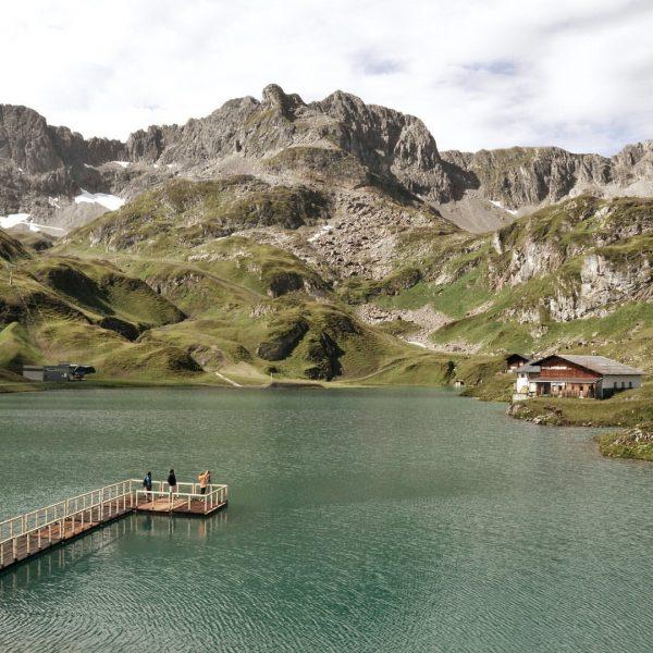 Die Natur rund um das Hotel Goldener Berg 〽️ bietet im Sommer so ...