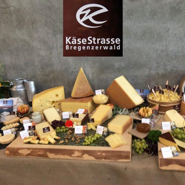 Unsere Genusswelt im Bregenzerwälder Käsekeller in Lingenau öffnet ab 12. Juni 2020 wieder ...