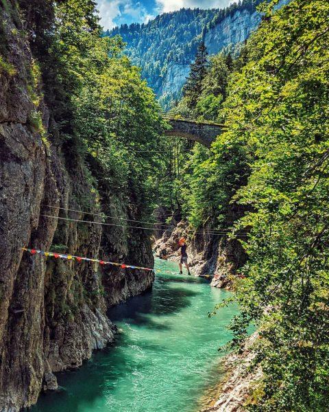 Bereit für dein nächstes Abenteuer? 🧗🏻♀️ Unser Kletterpark in der malerischen Schlucht zwischen Schwarzenberg und Andelsbuch hat...