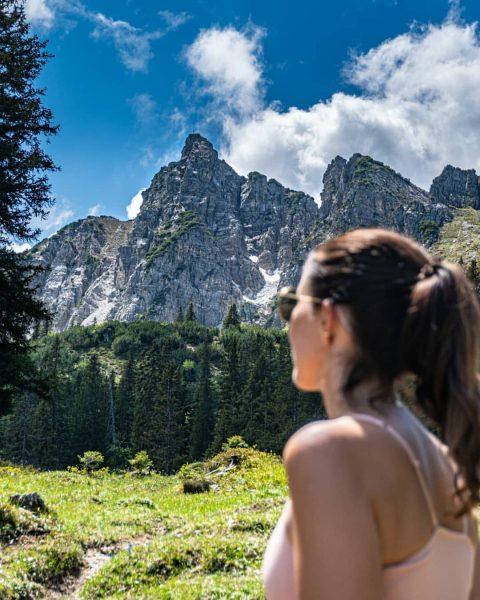 Schillerkopf 2.006m🔝 5/713🏔 Das Felsmassiv erinnert an ein Gesichtsprofil. Aufgrund der großen Nase, ...