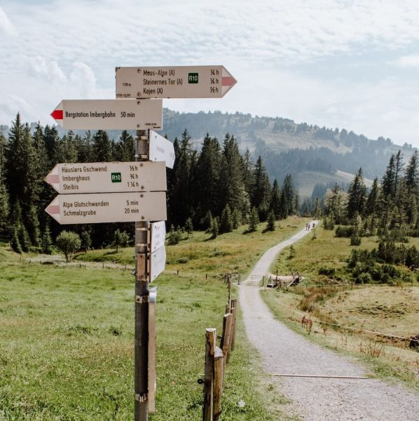 Where to today? 😏 #hikingseason #mountainlover #venividivorarlberg #visitvorarlberg #visitbregenzerwald 📸 @broell_liebe Sulzberg, Vorarlberg, ...