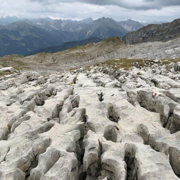 Gottesackerplateau. Die Steinwüste des Allgäus . . #alpen #alps #allgäu #allgäueralpen #berge #mountains ...