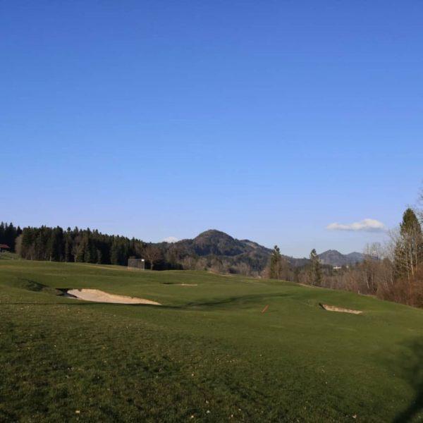 #GolfParkBregenzerwald #vorarlberg #bregenzerwald #golfplatz #fairway #golfturnier #golfschule #greenkeeping www.golf-bregenzerwald.com