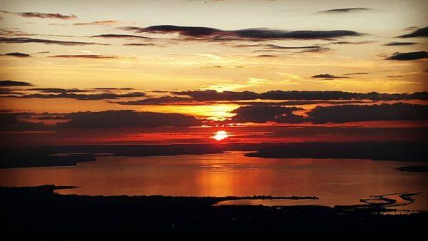 Sonnenuntergang am Bodensee .....eimal von der Höhe genießen ~~~~~~ ~~~~ ~~~~~• ~~~... Sicht ...