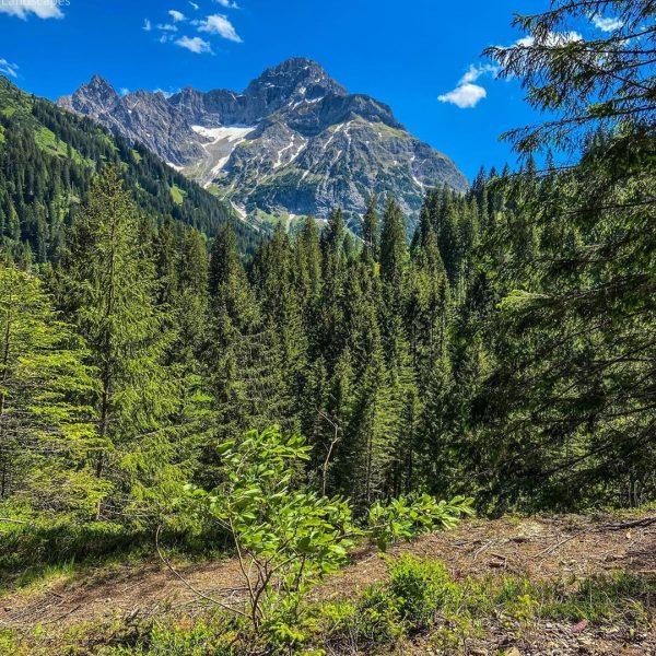 Amazing places to See #amazingplaces #whitagram #ig_photooftheday #nature_perfection #amazing_shots #amazing_shots #ig_cameras_united #amazingtravelbeauty #amazingplaces ...