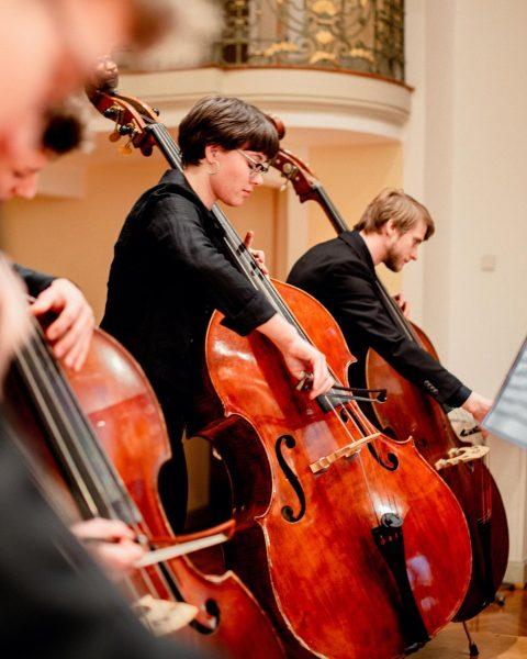 Endlich wieder Musik vor Publikum! Junge Solistinnen und Solisten bei der Sommermatinee des Vorarlberger Landeskonservatoriums. Exzellente Solisten...