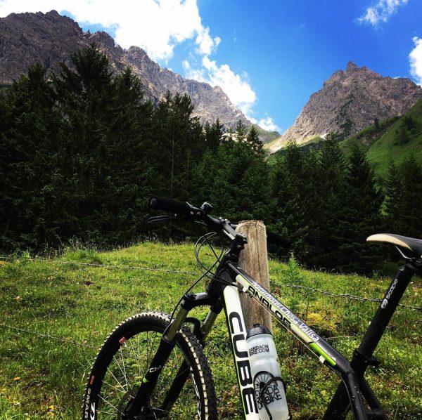 Nur Wasser-Akku 😉 Es geht auch ohne E-Bike, herrliche Tour ins Gemsteltal und ...
