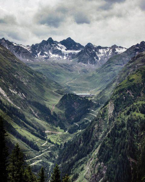 ⋙ What a view ⋘ ▫ Eine wahre Traumroute führt über die Silvretta ...