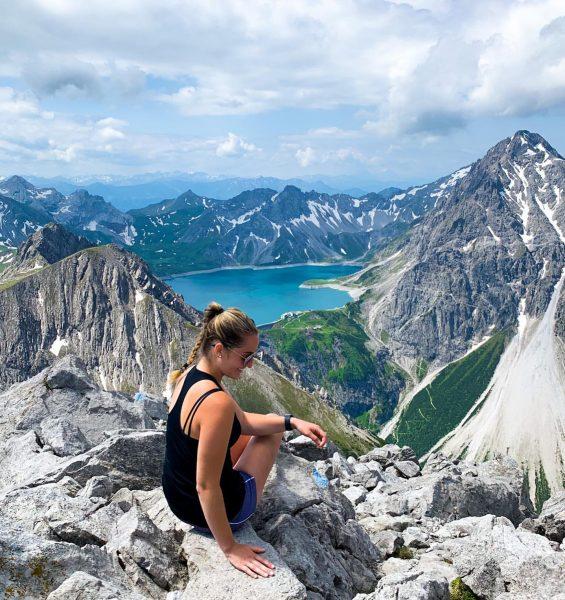 Traumhafte Usicht 💙 #lünersee #brandnertal #montafon #meinmontafon #meintraumtag #dahem #lünerkrinne #sönnala #wandern #alpenverein ...
