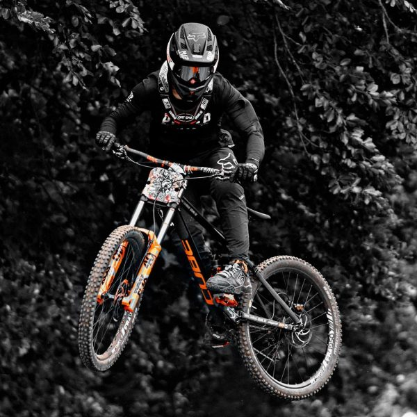 Ready!!! Time 4 some Bike days @bikeparkbrandnertal Start into the weekend on freaky ...