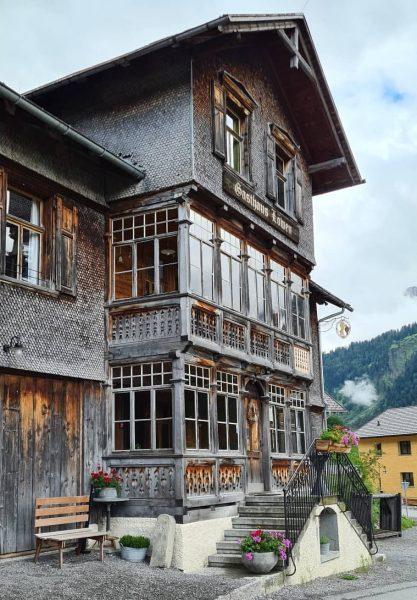 Mir gfällts guat ♡ : : -------------------------------------------------------------- #schoppernau #bregenzerwald #visitbregenzerwald #auschoppernau #mountains #mountain #mountainlovers #bergedorf #berge #bergliebe...