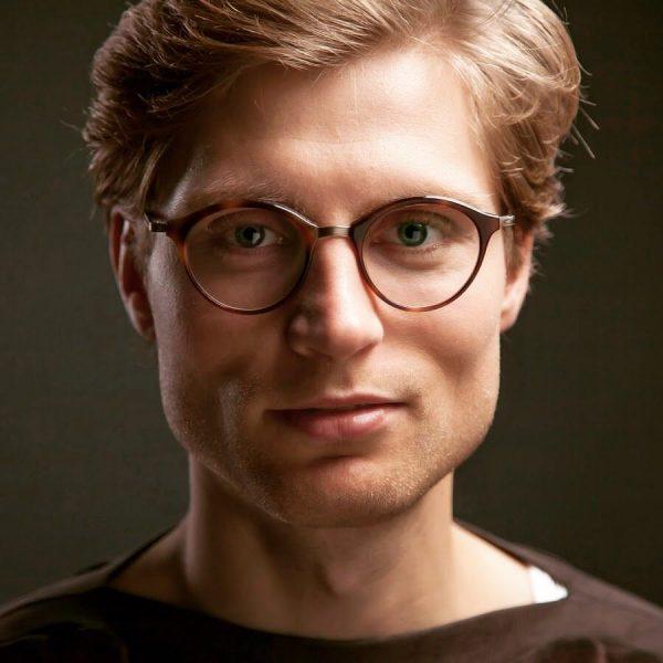 Andreas Jähnert in #diewunderbareZerstörungdesMannes 30.5.-2.6. #bregenzerfrühling und 13.6.-17.6. #kosmostheaterwien