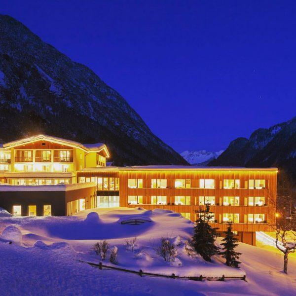 #Alpenhotelzimba #skiresort #wellness # #wellness #alpenhotelzimba #zimba #hotel #skiresort #urlaub #bergen #winterwandern #relax