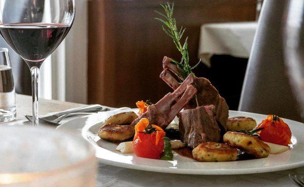Kulinarik in der Zimba - wir wünschen guten Appetit! #Alpenhotelzimba #gourmet #4sternehotel #sommerurlaub ...