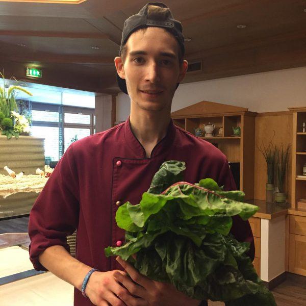 Montafoner Mangold vom #muntafunergmüaslädili 😊👍 auch unser Koch Sven schätzt die heimische Qualität ...
