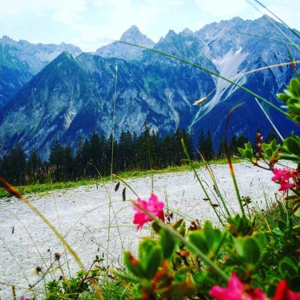 #natursprüngeweg #brand #familie #bergwiese #berg Brand, Vorarlberg, Austria
