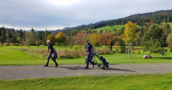 Wunderbare Farben und Grüns in top Zustand ⛳🍁🍂 #golfparkbregenzerwald #golf #autumn #Herbst #riefensberg ...