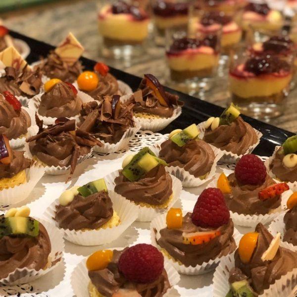 Hausgemachter Nachspeisentraum! #dessertbuffet #jägeralpegourmetpension #hausgemacht