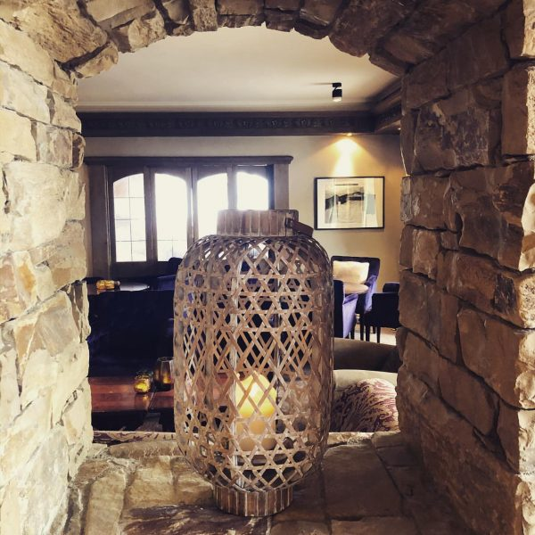 I ❤️ all these beautiful details @derberghof - - #derberghoflech #fineststay #lech #boutiquehotels ...