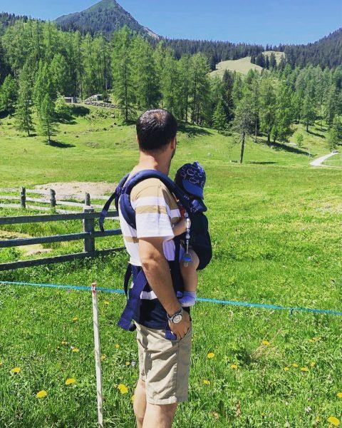 Wandern mit Familie #vorarlberg #wandern #bürserberg #austria #berge #grün #visitvorarlberg 👨👩👦