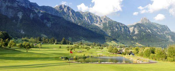 Golfclub Bludenz Braz - Die mit viel Gefühl und Geschmack in die Landschaft ...