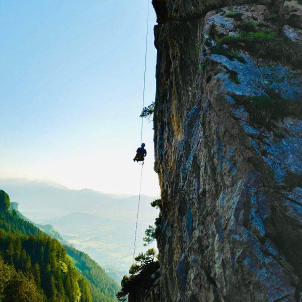Climbing at Löwenzähne #löwenzähne #vorarlberg #bregenzerwald #austria #climbing #freeclimbing #traditionalclimbing #ropedown #tendon Löwenzähne