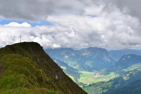 Üntschenspitze & Kanisfluh 🏔🙏😊 #lieblingsberg #üntschenlove #bregenzerwald #bregenzerwaldalpen #visitbregenzerwald #kanisfluh #üntschenspitze #everybodylovesthekanisfluh #vorarlberg #visitvorarlberg #mountain #berge #alpen...