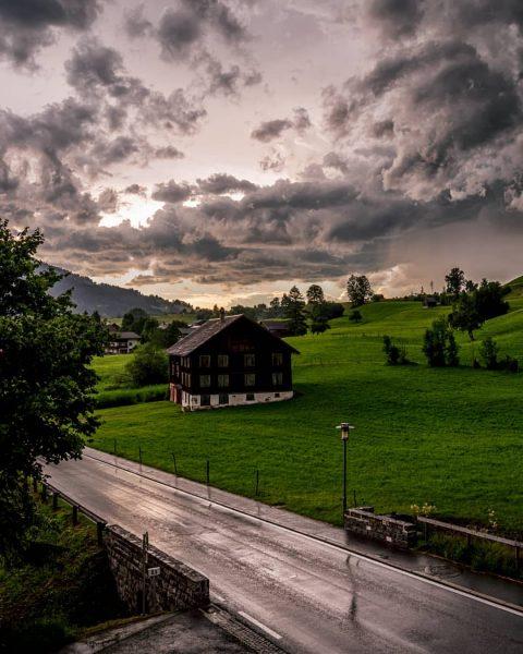 #austria #bregenzerwald #visitbregenzerwald #vorarlberg #myvorarlberg #austria #indenbergenzuhause #naturphotography #naturlovers #unservorarlberg #amazingview #discoveraustria #weloveaustria ...