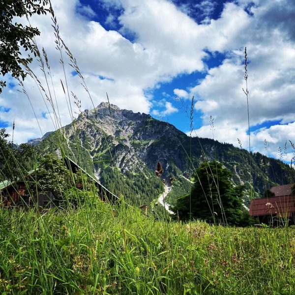 Urlaub 2020: Wanderschuhe statt Flipflops #urlaub #holiday #kleinwalsertal #austria #österreich #hiking #mountains #berge #alpen #urlaubindenbergen #outdoor #draussenunterwegs...