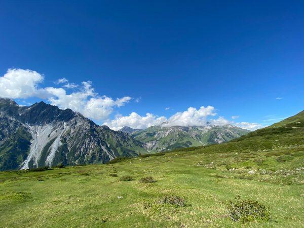 So eine schöne Wanderung #whataday #wandern #hiking #vorarlberg #visitvorarlberg #visitaustria #fewo #sommerurlaub #sommerindembergen ...