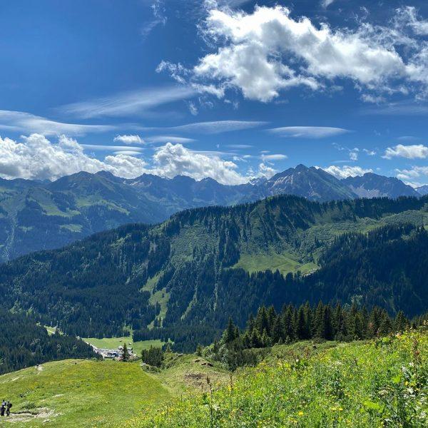 """Dem hohen Ifen nahe gekonnt, den Gottesacker bezwungen. Wunderschöne Landschaft, aber Wander""""wege"""", suchte ..."""