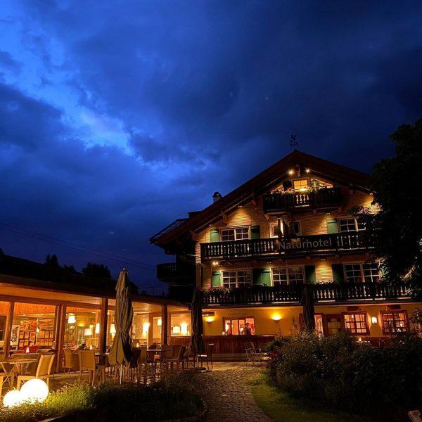 #sommerurlaub2020 #kleinwalsertal #bergwandern Das Naturhotel Chesa Valisa****