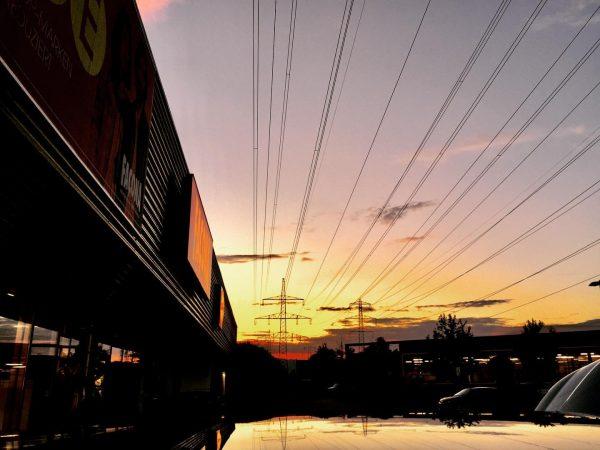 Sonnenuntergang in Rankweil heute 😊👋 #vorarlberg #visitvorarlberg #landscapephotography #naturephotography #sunset #sunsetphotography #sonnenuntergang #clearsky ...