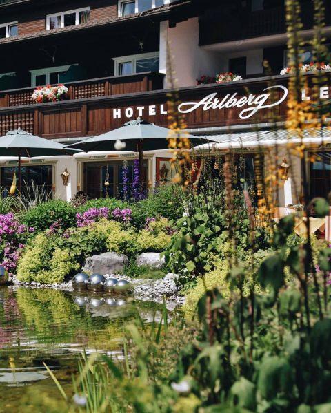 Von 19. bis 21. August findet im Rahmen von Arlberg Weinberg im Sommer ...