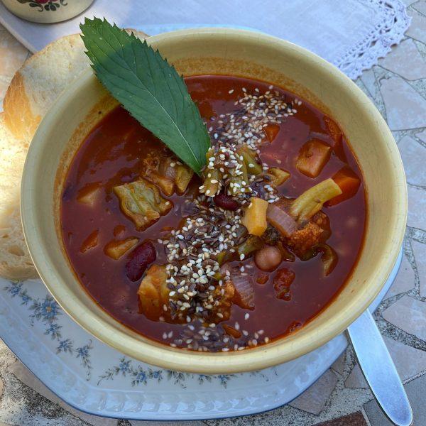 Mahlzeit! #gemüsegulasch #fridabioladen #hohenems Frida Bio