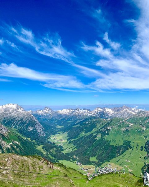Ich liebe es 😍 diese Aussicht ❣️ #view #viewpoint #aussicht #nature #happy #momentslikethis #bluesky #skyline #skylovers #mountains...