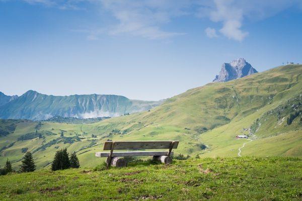 Lech 💚 #austria #vorarlberg #spring #mountains #landscape #hiking #outdoor #trail #postcard #lechzuers #lech ...