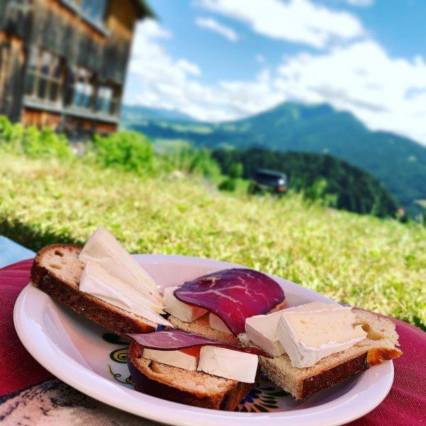 #picnic #summervibes #alpine #bregenzerwald #schwarzenberg #bödele