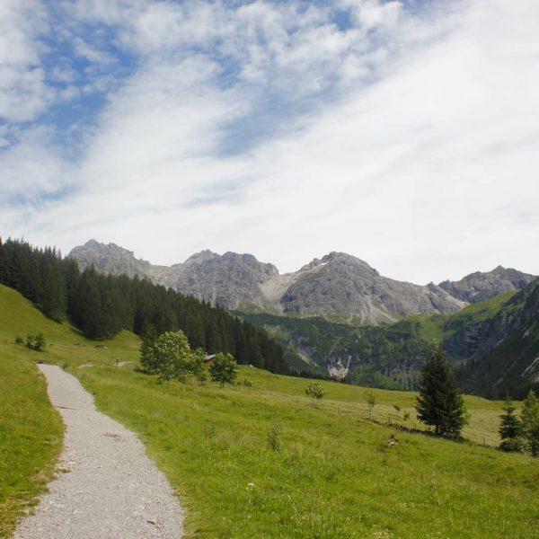 Kleine Wanderung am freien Tag. Von Hirschegg aus über Dürenboden ins Wildental bis ...