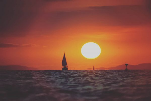 Sunset sailing.🌅 . . . . . . #bodensee #lake #lakeofconstance #sunshine #sunset ...