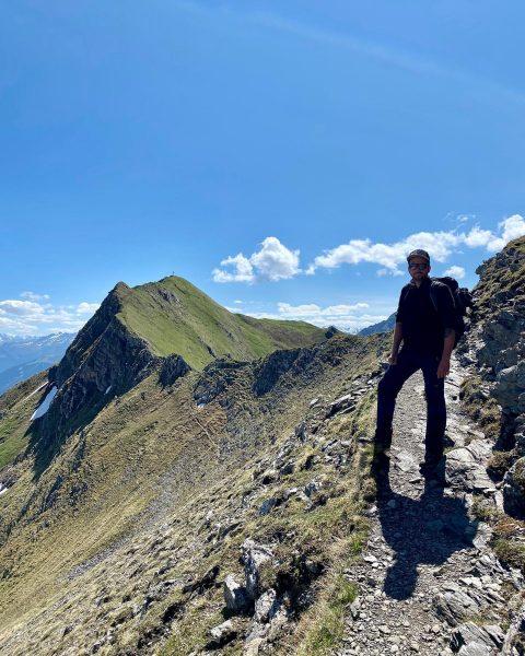#geißspitze #golmerhöhenweg #lindauerhütte #hike #mountains #vorarlberg #visitvorarlberg #gipfelstürmer #herzenswanderer #couplegoals Geißspitze