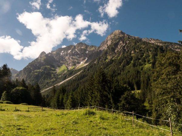 Elfer und Zwölfer Berg im Wildental bei Mittelberg; #alpen; #alpenliebe; #kleinwalsertal; #mittelberg; #aussicht; ...
